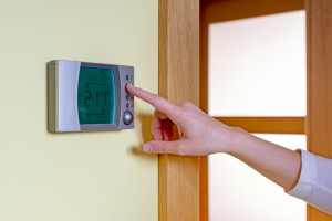 Prevent High Energy Costs with a Programmable Thermostat