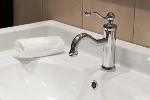 Best Cleaning Solutions for Cleaning Plumbing Fixtures